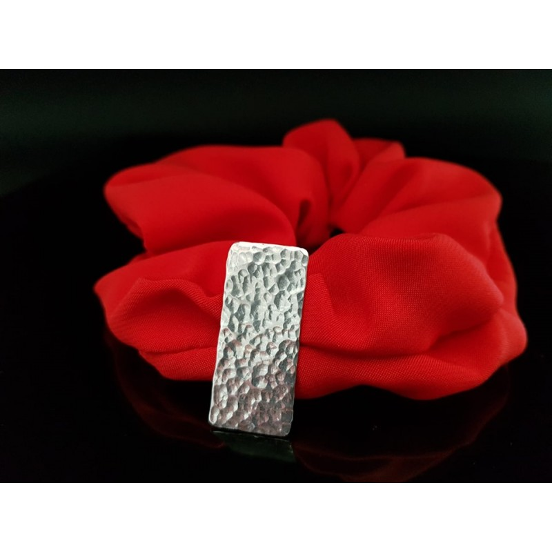 scrunchie rouge barrette martelée